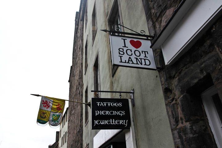 I heart Scotland sign, Edinburgh, Scotland