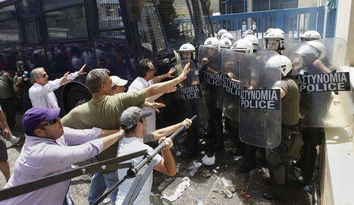 greek taxi strike