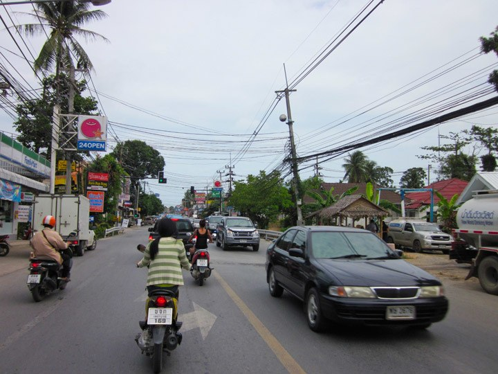 Koh Samui roads