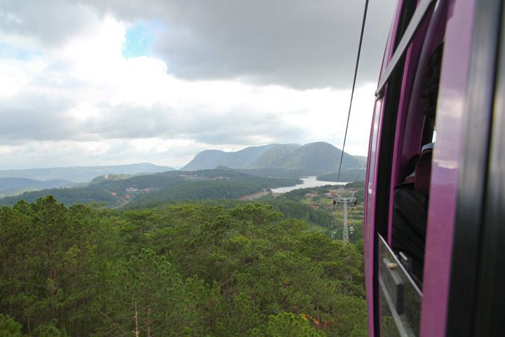 Tuyen Lam Lake Cable Car