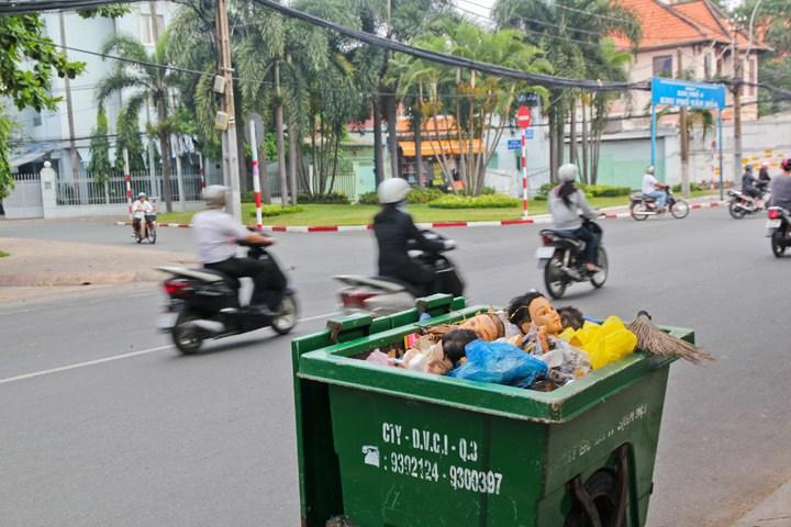 Dumpster in Saigon