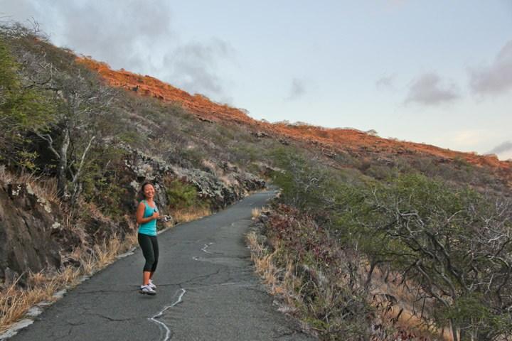 Hiking Lighthouse Trail, Oahu
