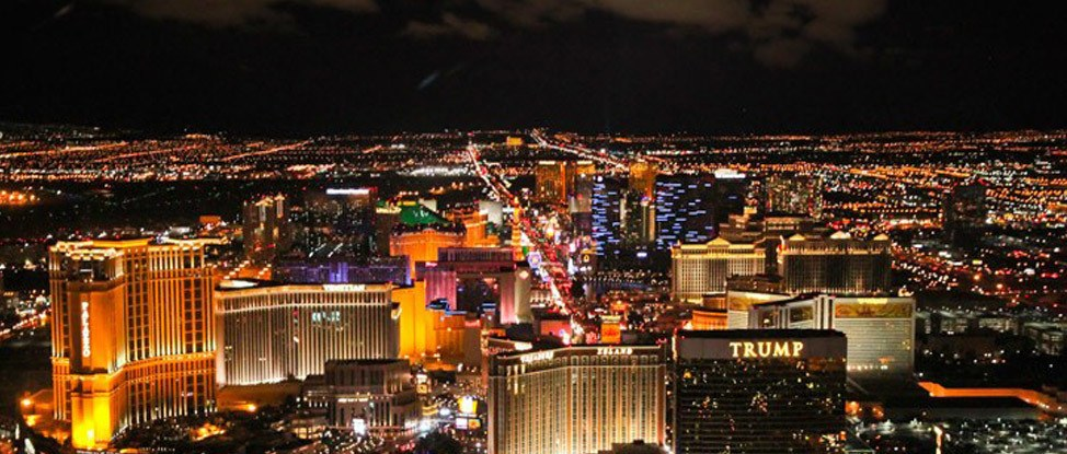 The Strip From Above: A Las Vegas Helicopter Tour thumbnail