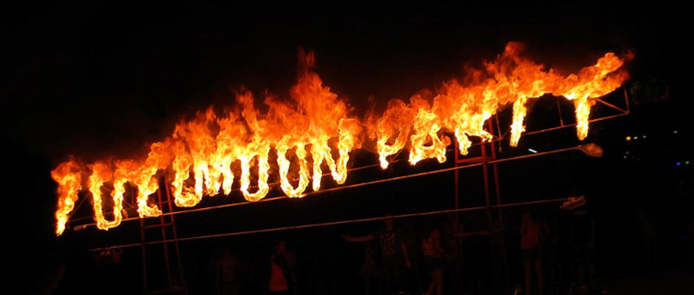 Surviving the Full Moon Party thumbnail