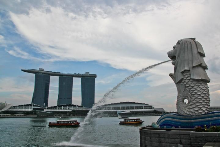 Twenty Four Hours in Singapore