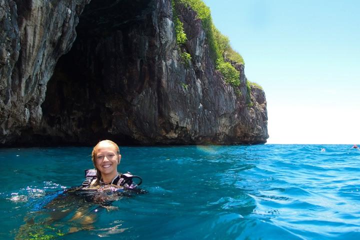 Diving Gato Island, Malapascua