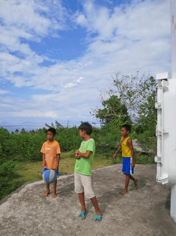 Malapascua-Walk