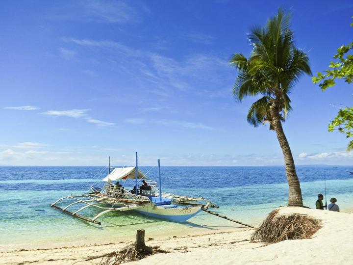 The Beach in Malapascua, Philippines