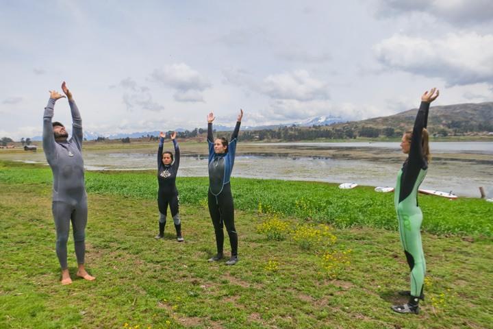 Stand Up Paddle Yoga Peru