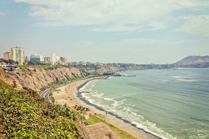 A Sunny Day in Lima