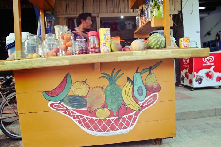 Fruit Shake Stand in Montanita