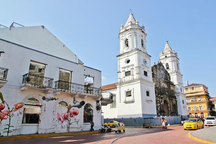 Casco Viejo Architecture