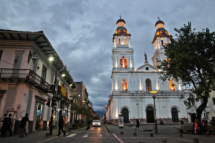 Travel to Cuenca, Ecuador