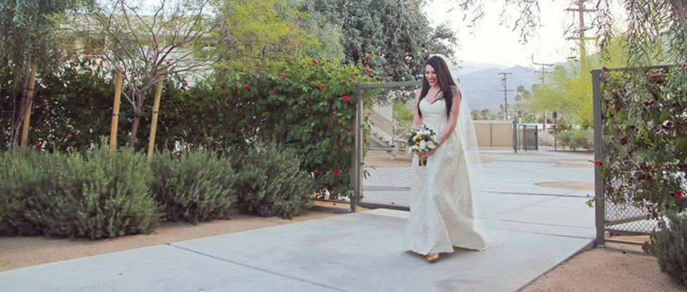 A Whiskey Shot Wedding in Palm Springs thumbnail