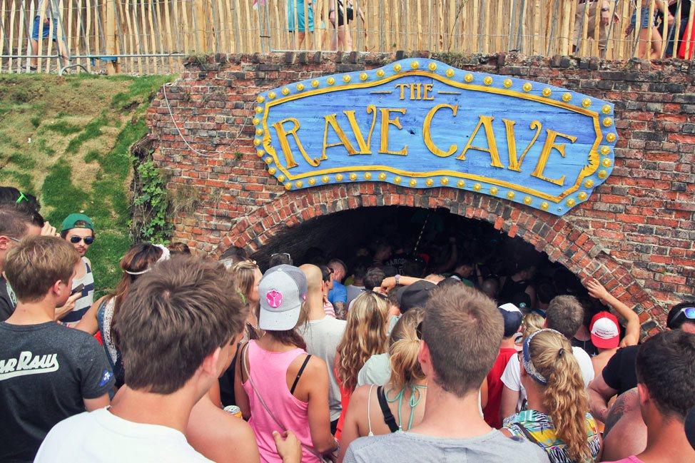 Rave Cave at Tomorrowland
