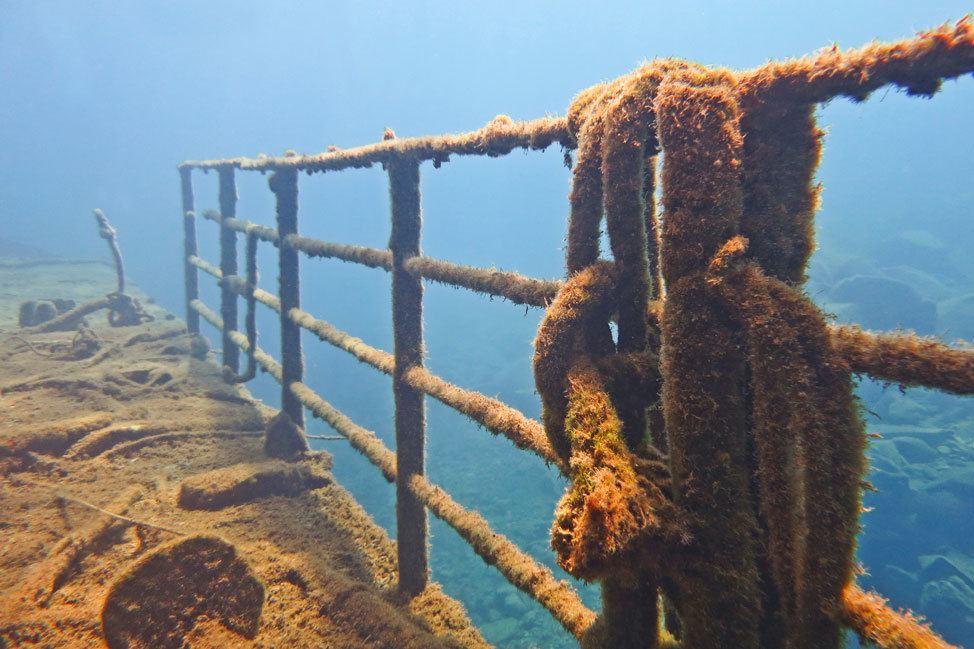 Nea Kameni Ship Wreck
