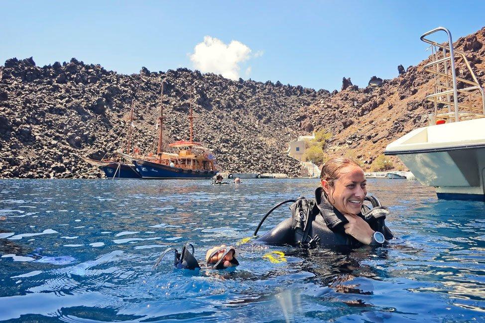 Diving Nea Kameni
