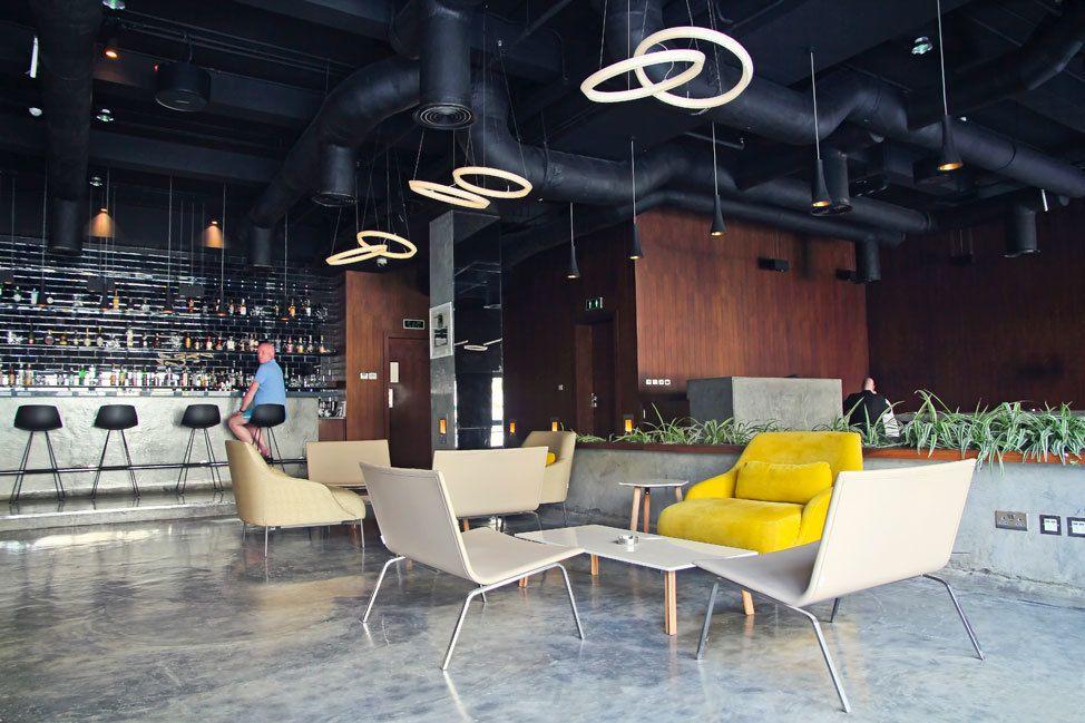 InterContinental Regency Pool Bar