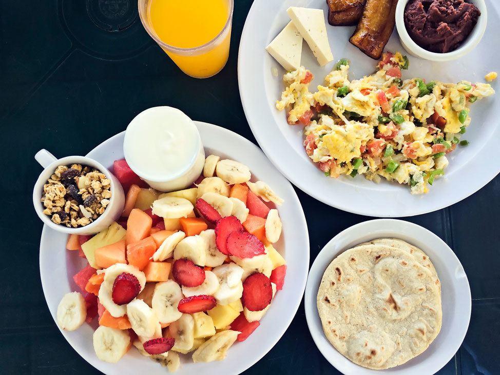 Breakfast at La Tortuga Verde