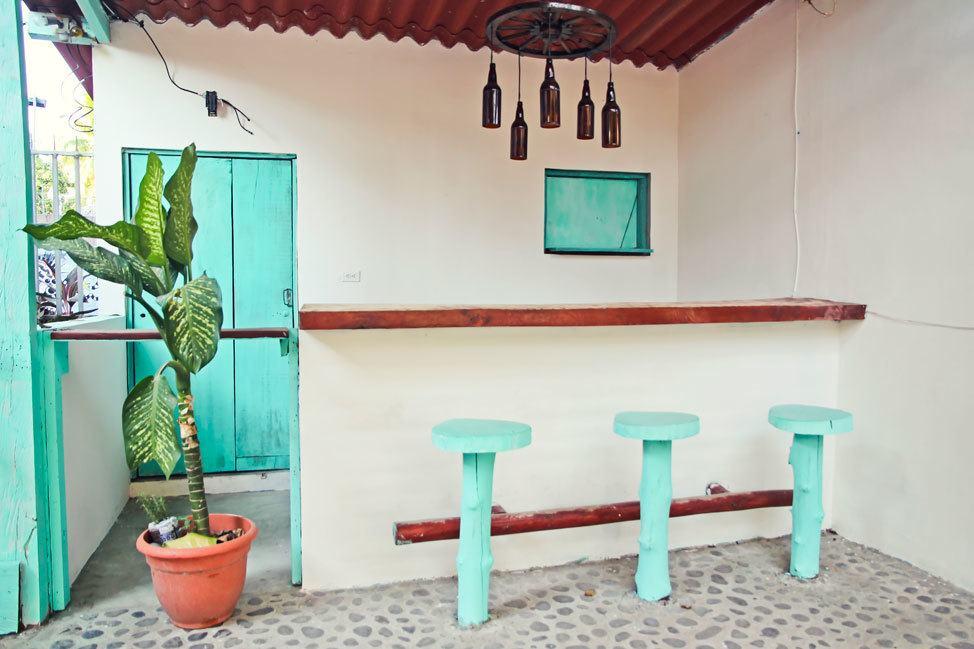 El Tunco Bar