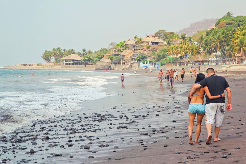 El Tunco Beach