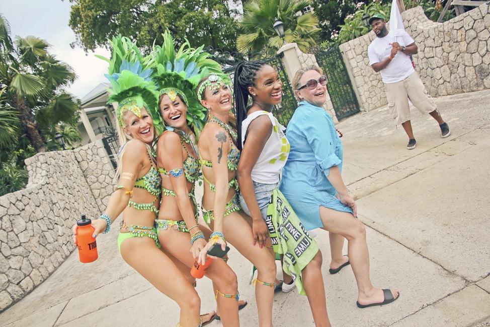 Jumpin with Tribal, Cayman Batabano