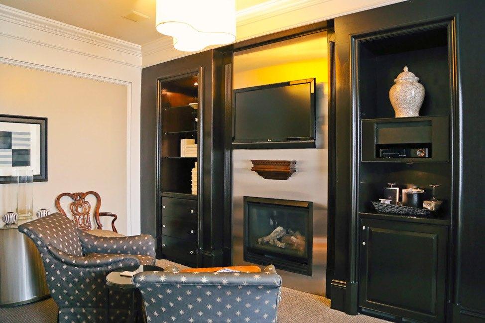 XV Beacon Hotel Suite