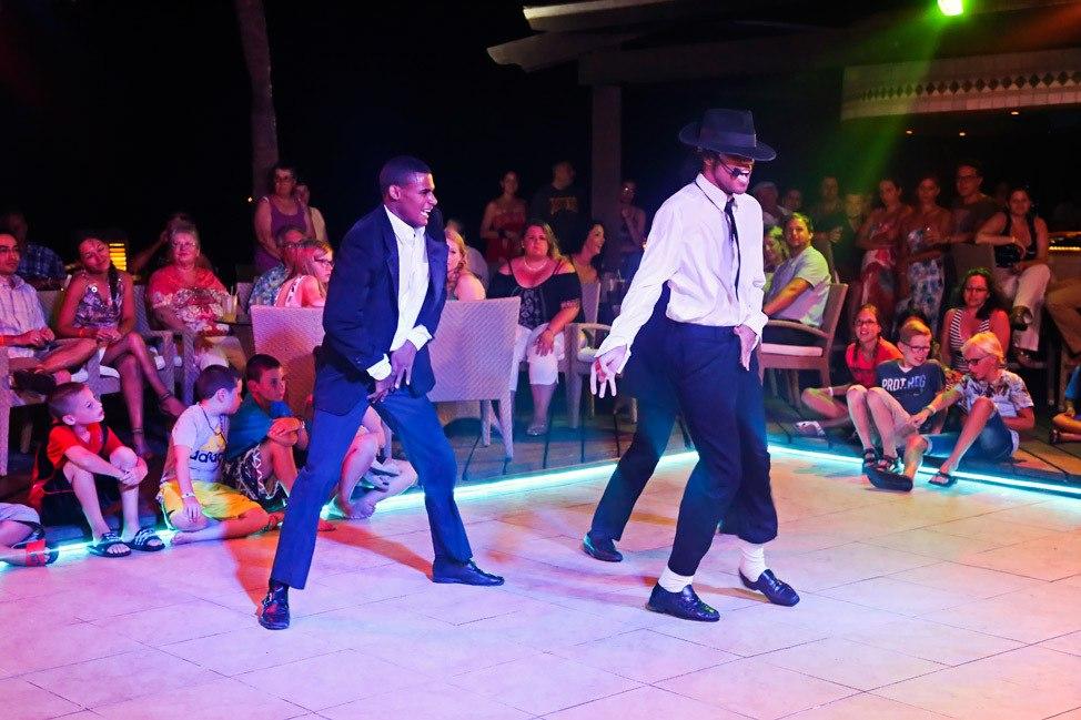 Aruba Tamarijn All-Inclusive Entertainment