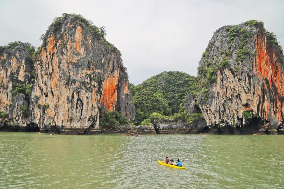 John Gray's Sea Canoe Review