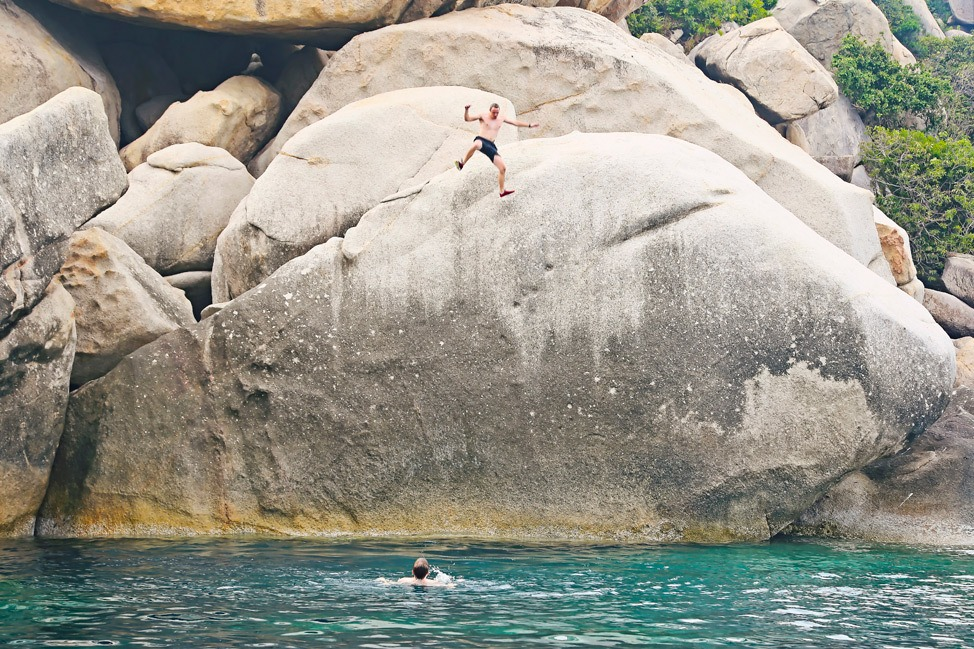Jump Into Jaws Cliff Jumping Koh Tao