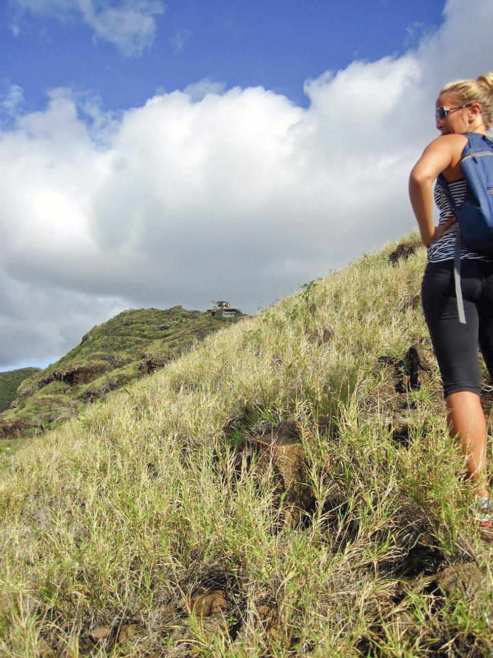 Hiking Oahu West Coast