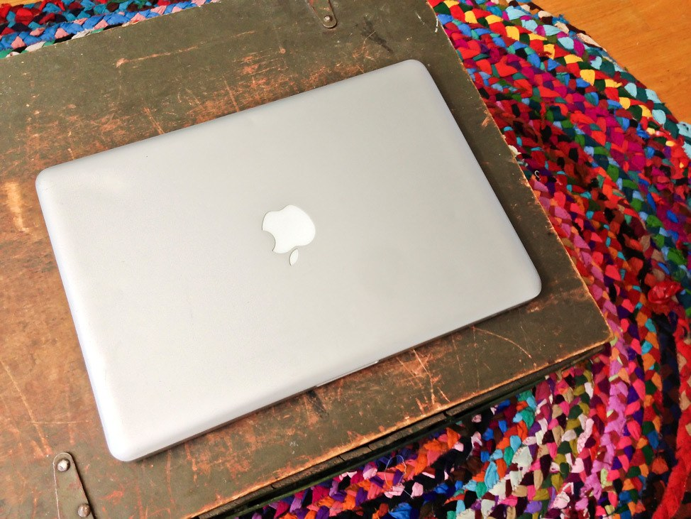 How to Travel With A Laptop