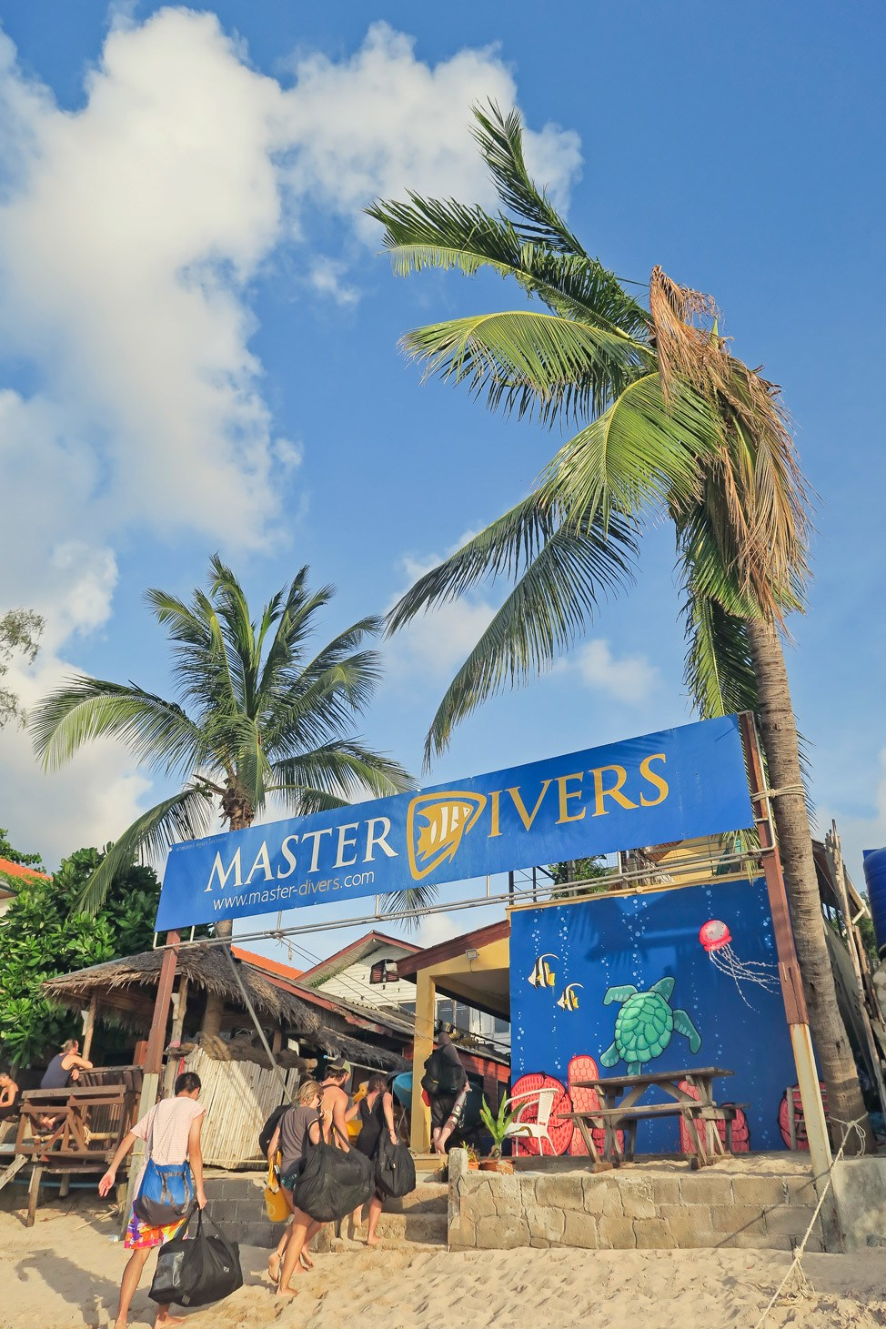 Self Reliant Diver Course with Master Divers Koh Tao