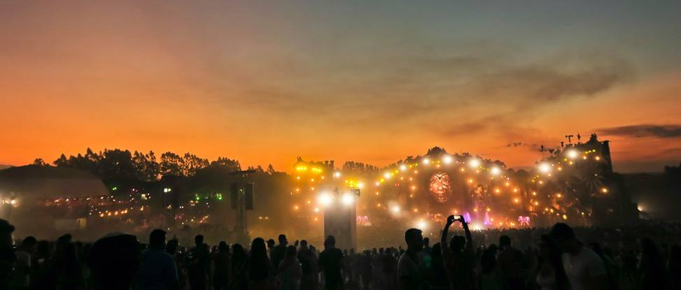 Happily Ever After at Tomorrowland Brasil thumbnail