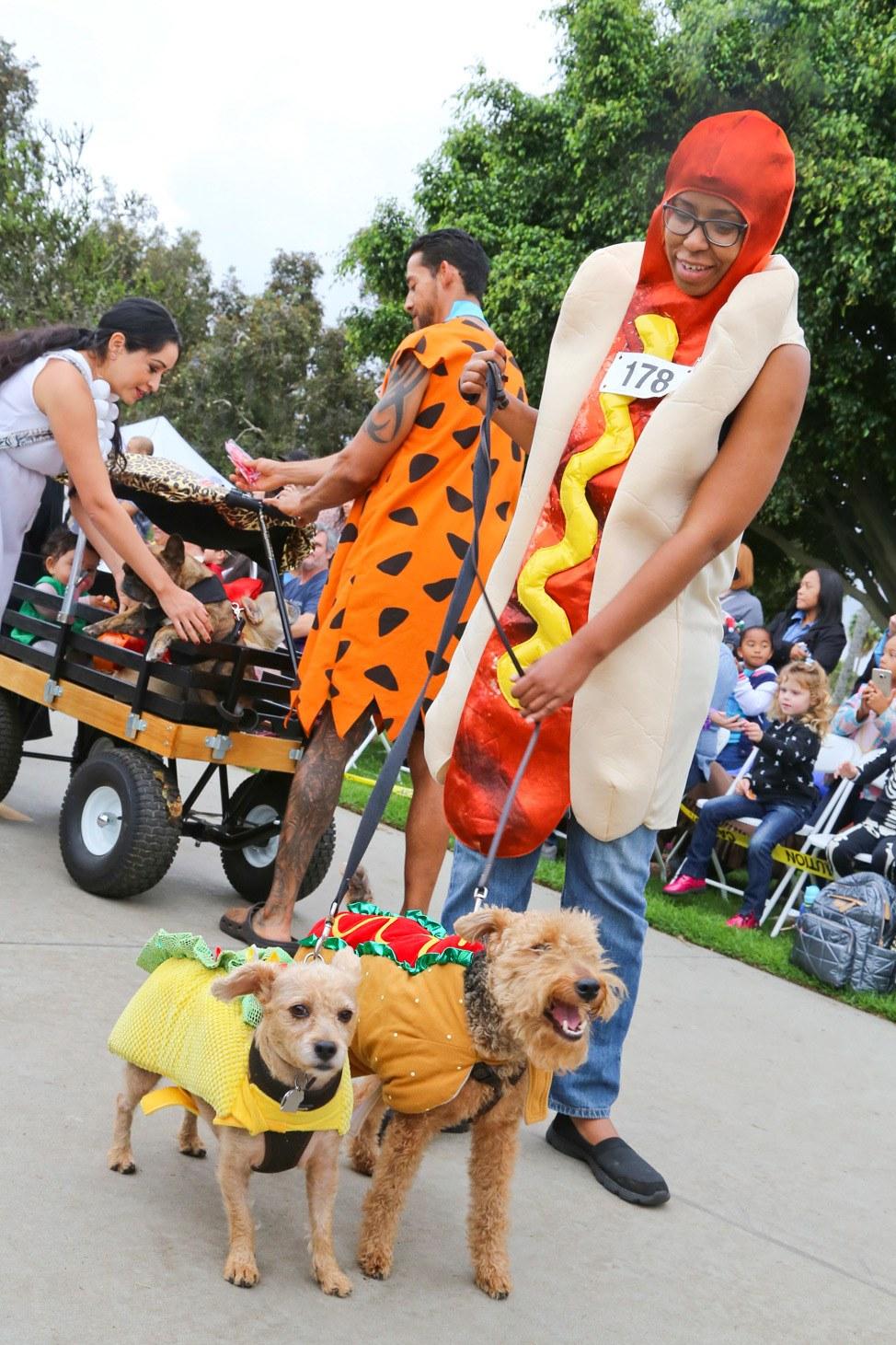 Howl'oween Dog Parade Long Beach Los Angeles