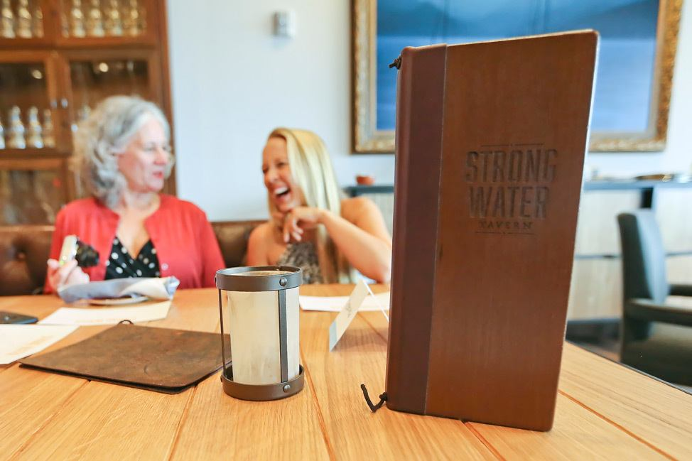 Strong Water Tavern, Sapphire Falls Hotel