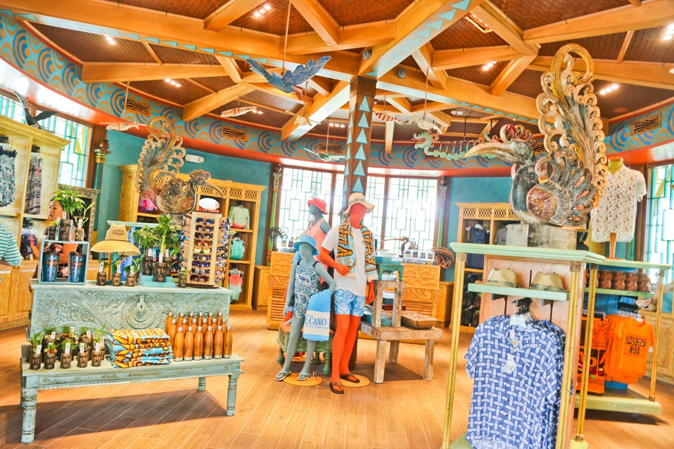 Universal Orlando Volcano Bay Gift Shop