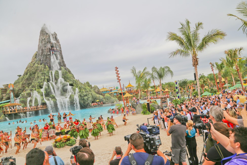 Universal Orlando Volcano Bay Opening Day