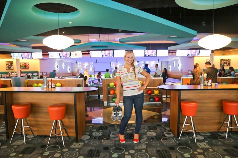 Galaxy Bowl at Cabana Bay Beach Resort • Universal Orlando Hotel Review