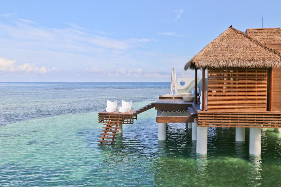 Jamaica Travel Blog Review