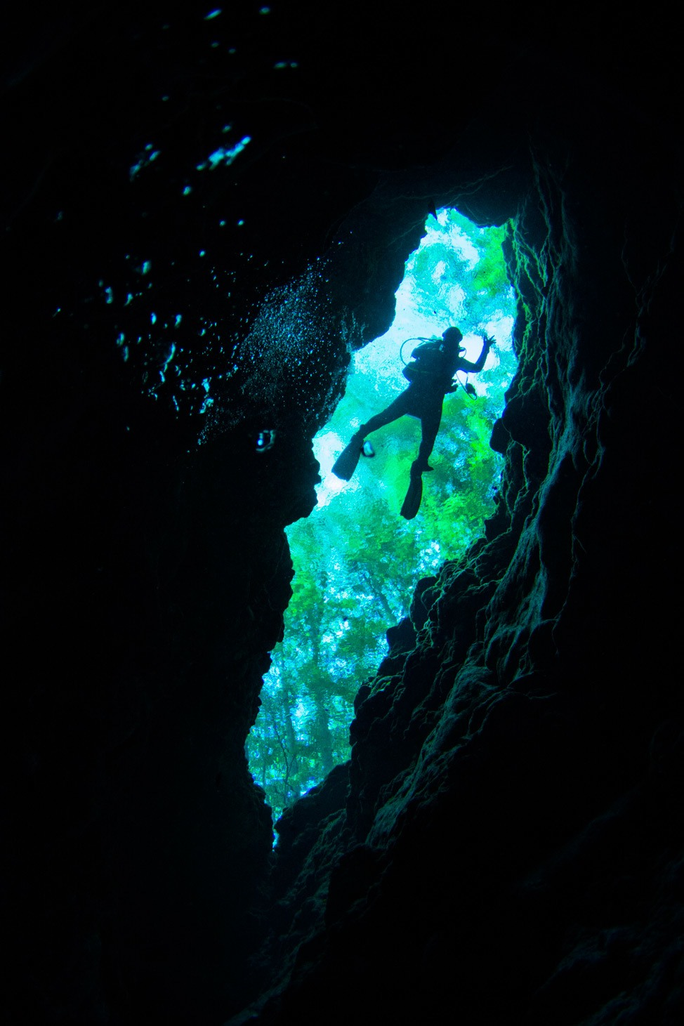 Diving The Devil's Spring, Ginnie Springs, Florida