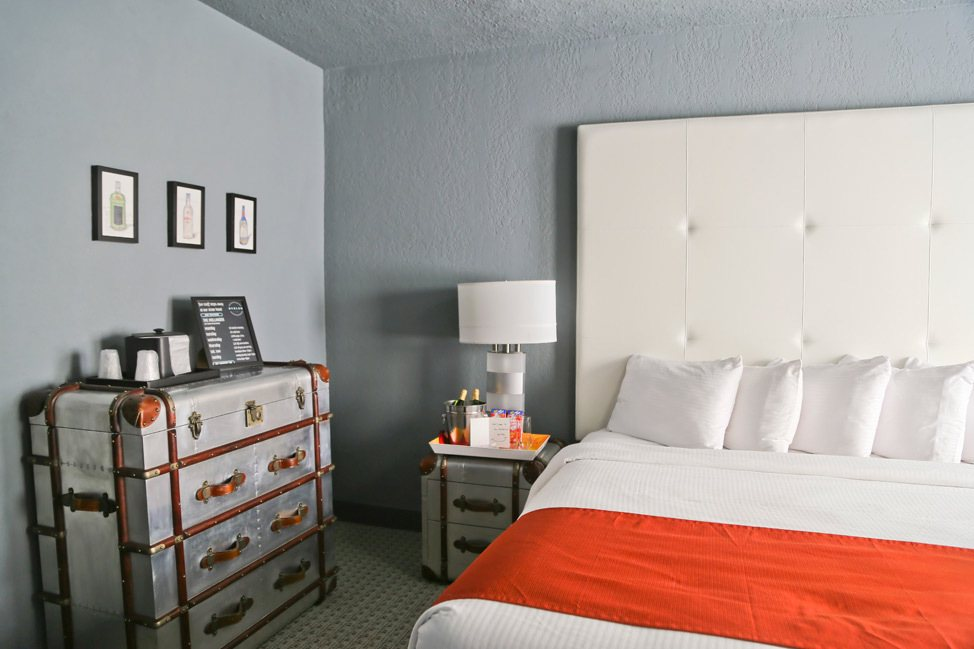 The Avalon Hotel St. Pete Room