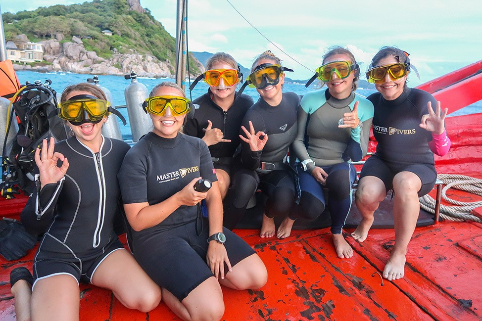 UV Night Diving with Master Divers in Koh Tao, Thailand