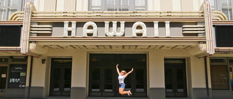 Exploring Oahu's Vibrant + Modern Downtown thumbnail