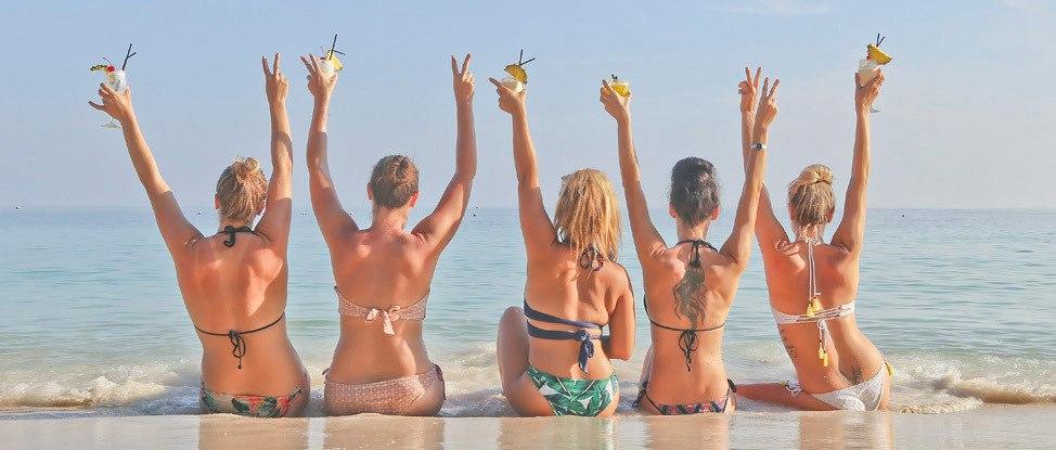 Announcing Wander Women: A Dive + Yoga Retreat in Koh Tao, Thailand! thumbnail