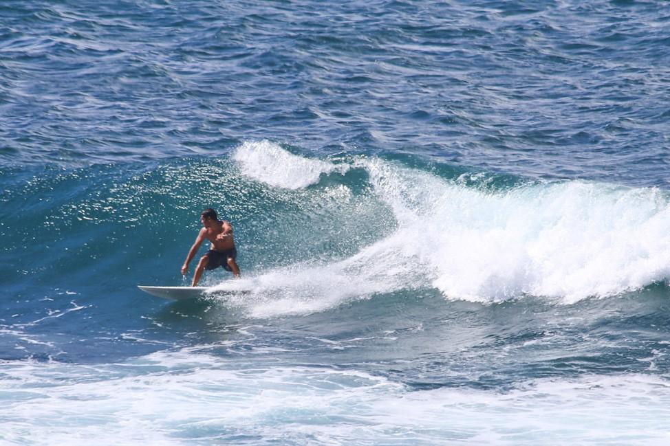 Surfers in Ho'okipa