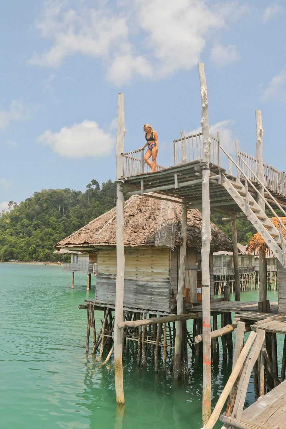 Telunas Beach Dock Jumping