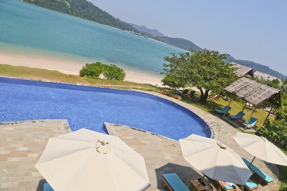 Telunas Private Island Pool