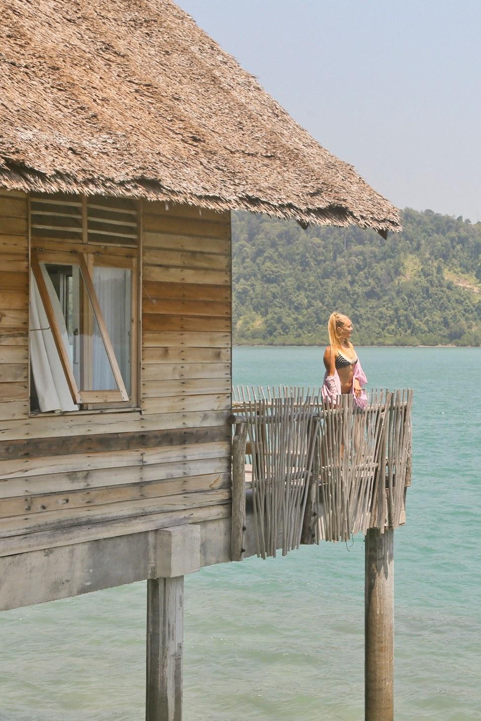 Telunas Private Island Overwater Bungalow Tour