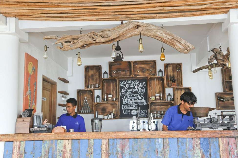 Telunas Private Island Bar